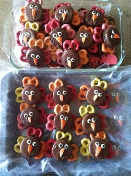 cookie pretzel turkeys